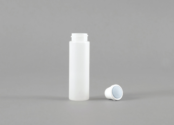 Aus dem TREFFPACK Sortiment -Rundflasche mit Applikator