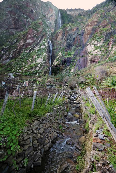 Wasserfall östlich der Bauernseilbahn.