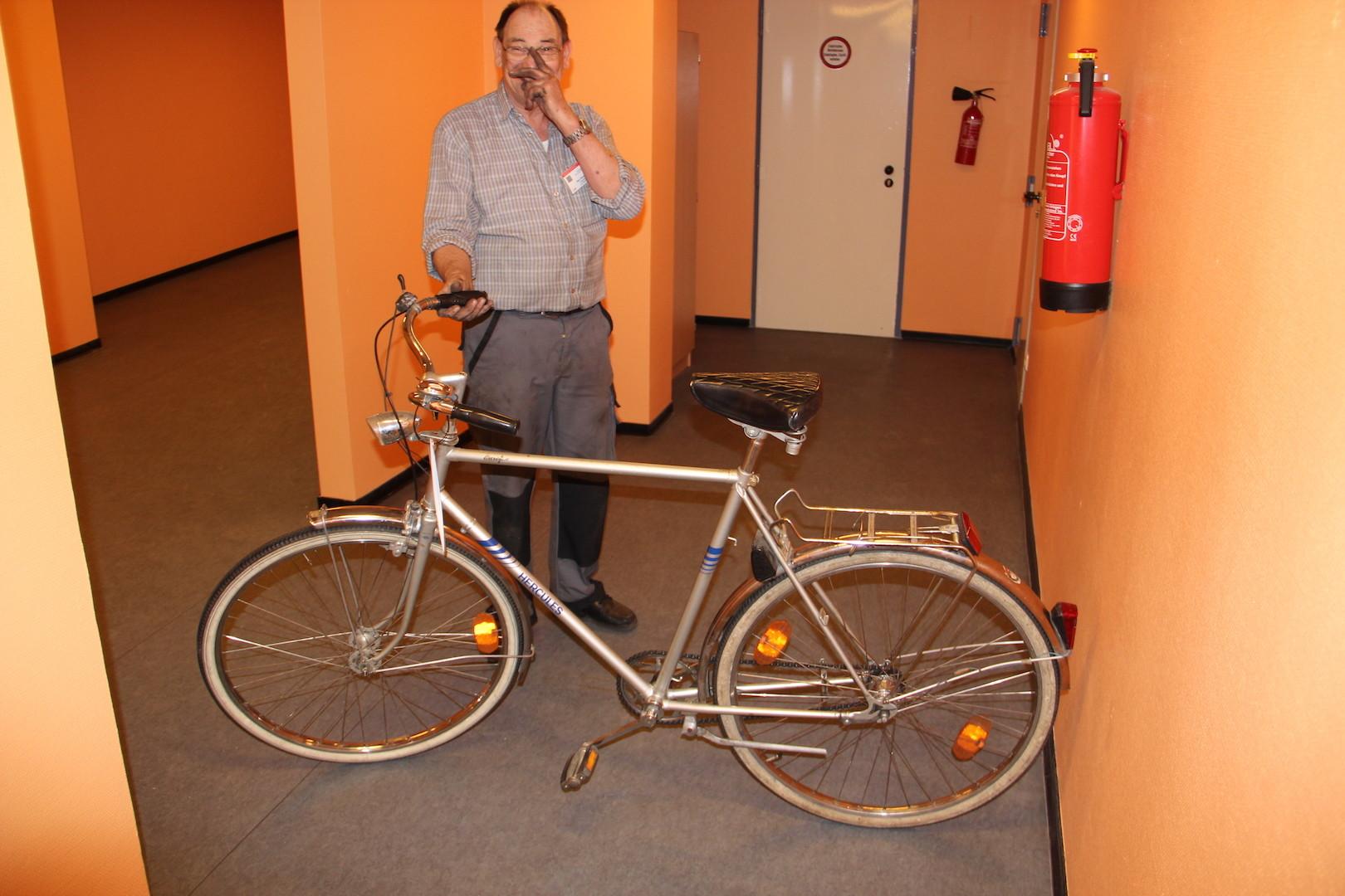 Das erste Fahrrad ist fertig!