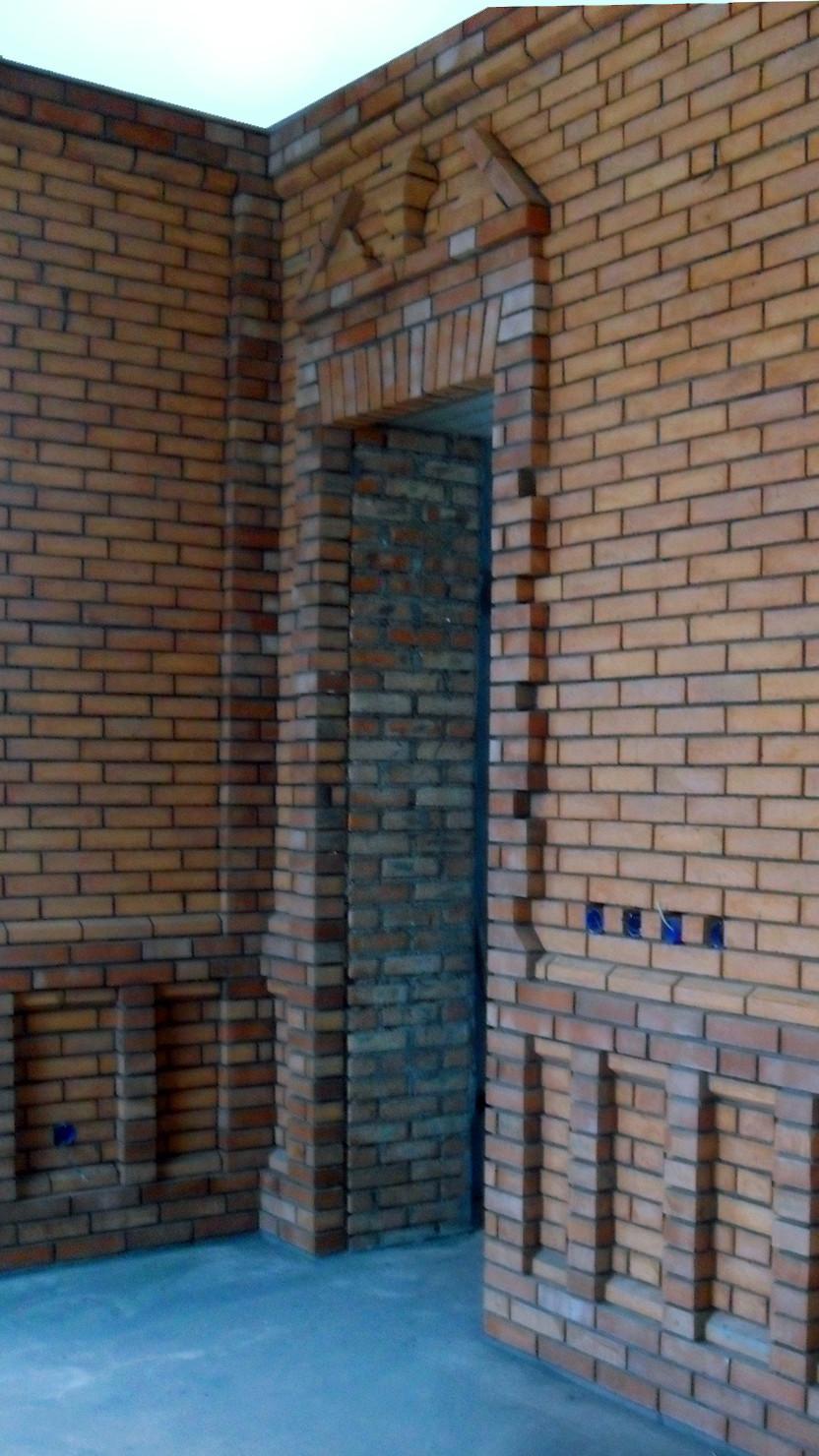 кирпичная кладка дверного проема