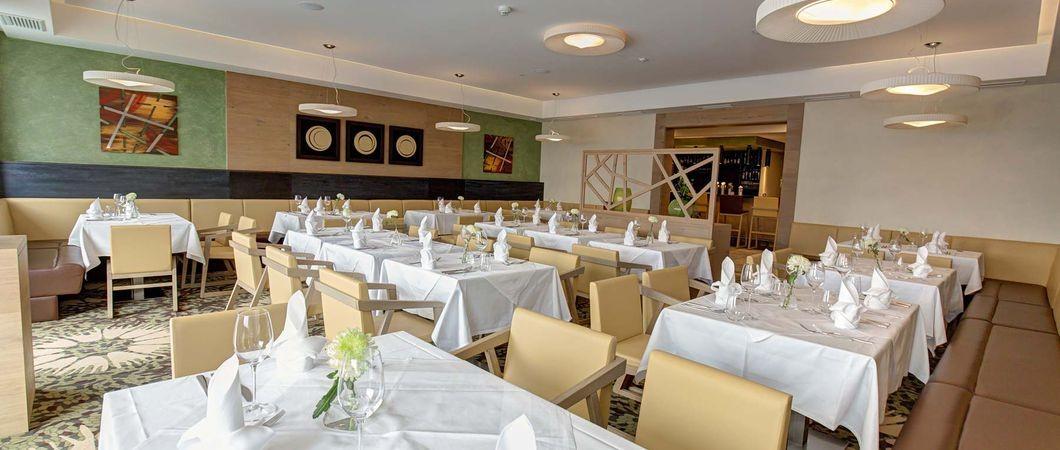Aigo Familien & Sport Resort - 4*S Hotel <br> Ristorante
