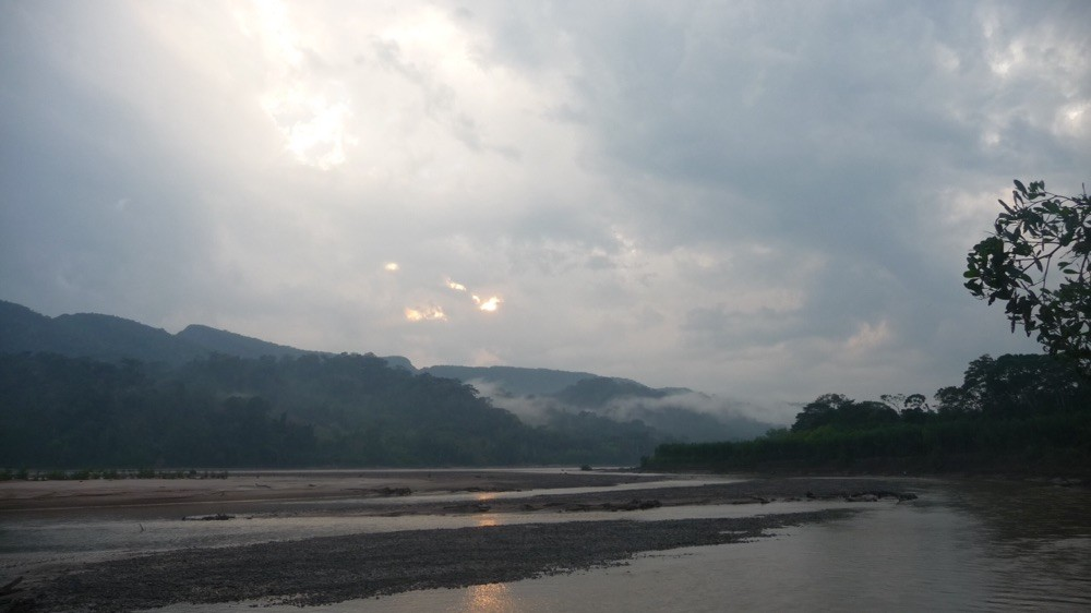Early morning mist across the river Beni