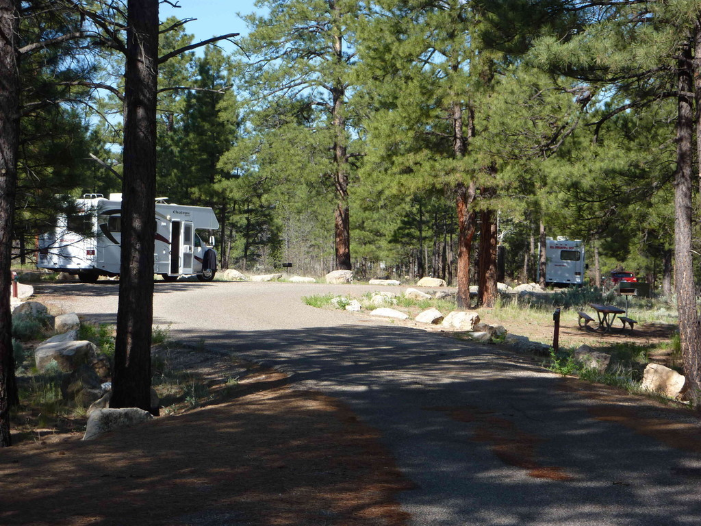 Auf Tour von Las Vegas zum Grand Canyon - Campground TEN X