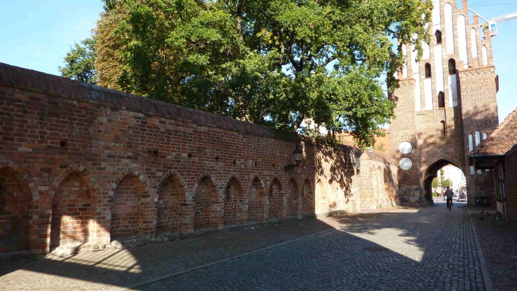 Neubrandenburg (Stadtmauer)