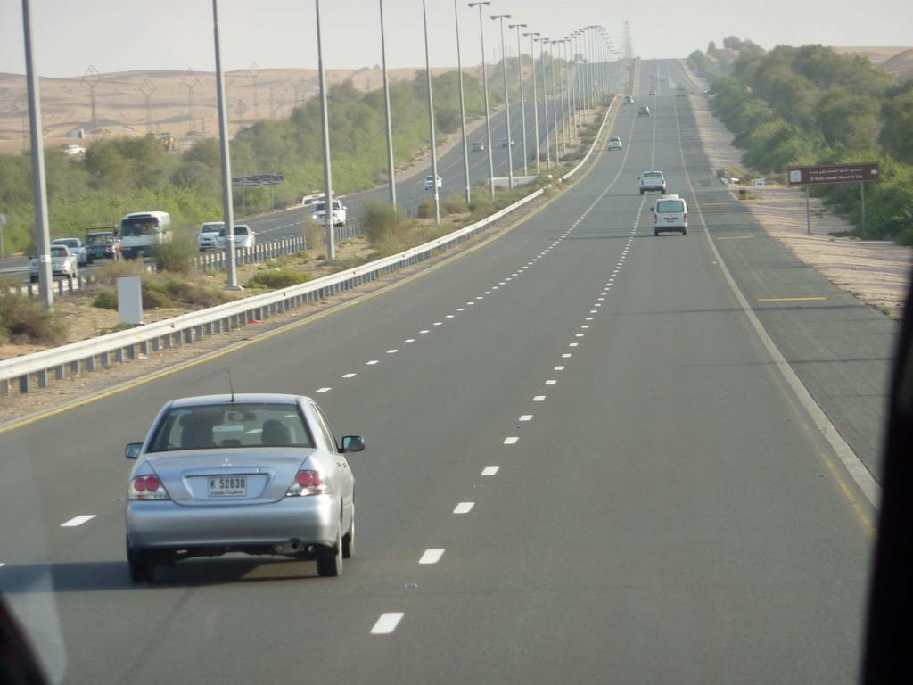 1.Tag - Auf der Fahrt von Dubai nach  Al Ain