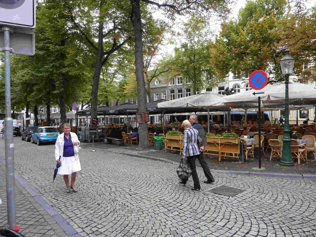 6.Tag - Maastricht/NL - Platz an der Liebfrauenbasilika