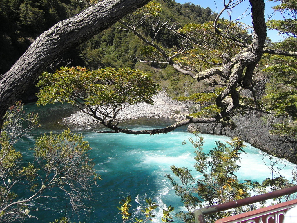 Stop in Puerto Montt -  Petrohou Wasserfälle