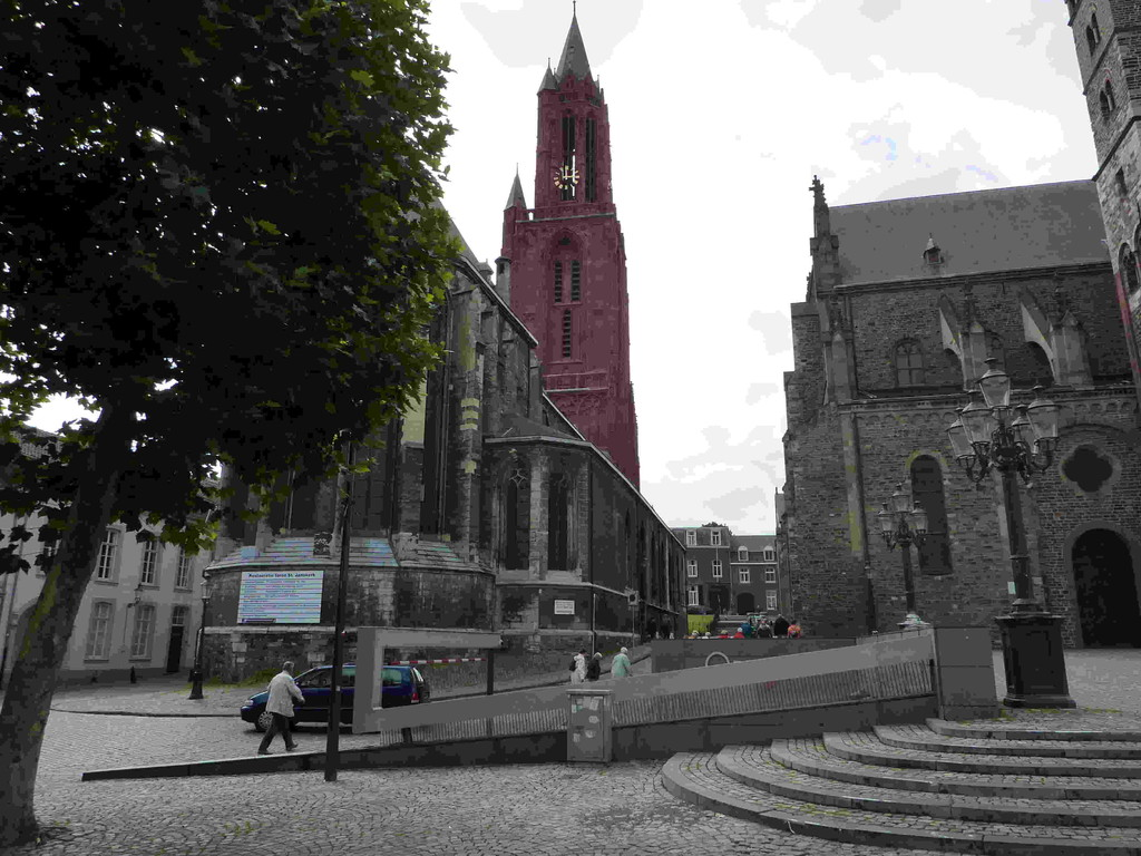 6.Tag - Maastricht/NL - r. St.Jaan / l. Servaasbasilika