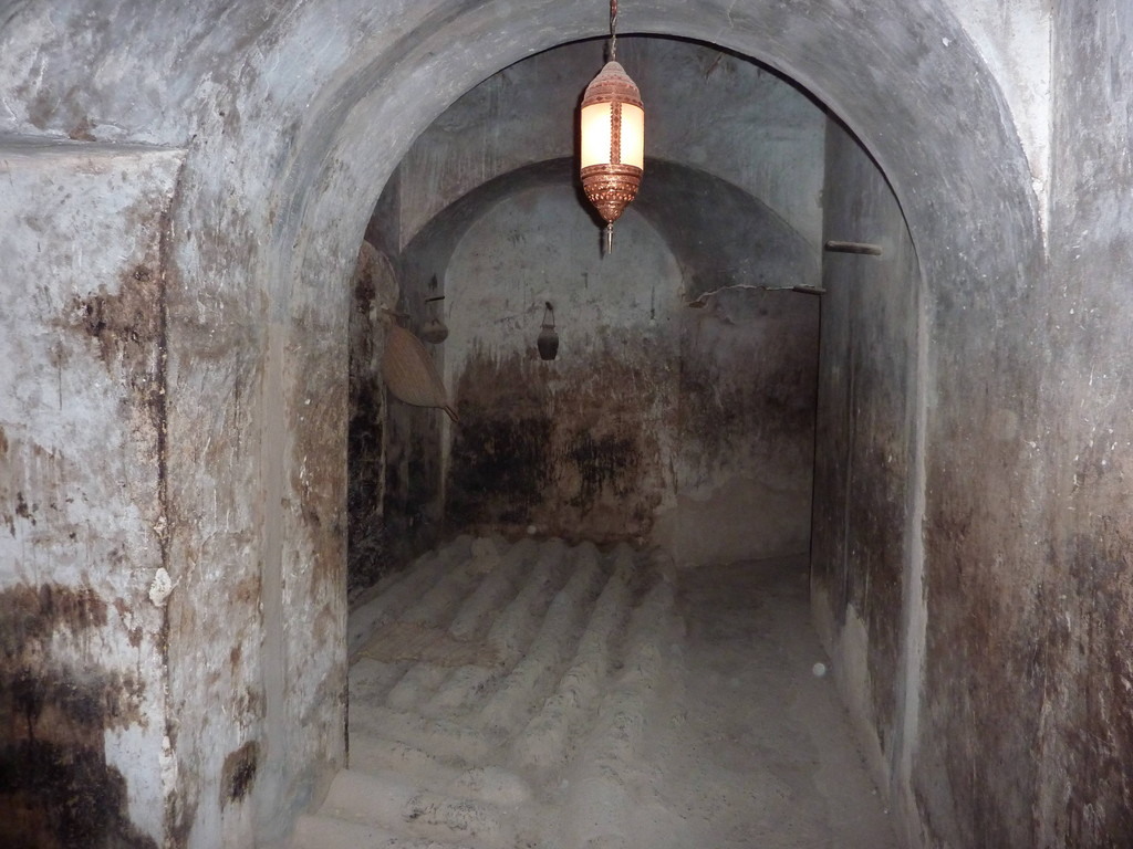 3. Tag - Fort Jabrin bei Bahla - Dattelraum