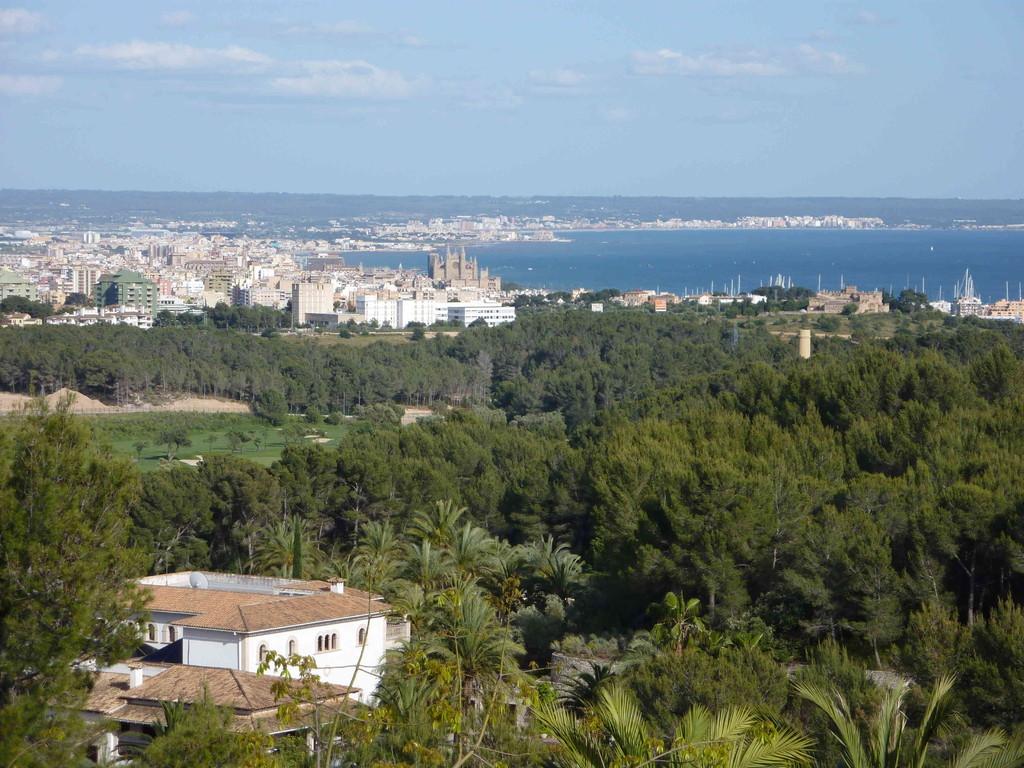 Hotel Son Vida - Blick v. d. Terrasse auf Palma