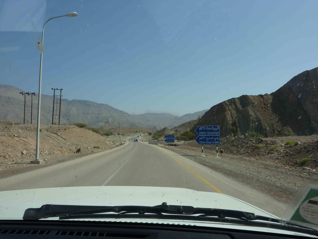 5.Tag - Auf der Fahrt von Wahiba Sands nach Sur