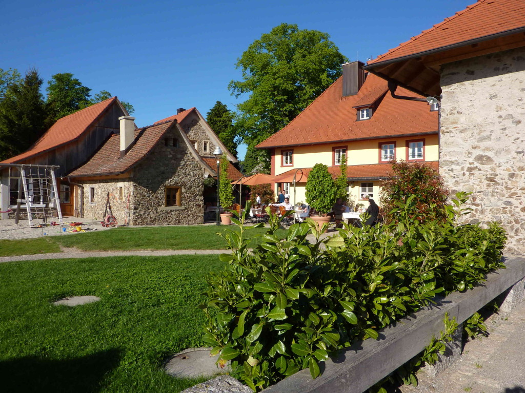 """Gasthaus """"Zum Raben"""" in Horben"""
