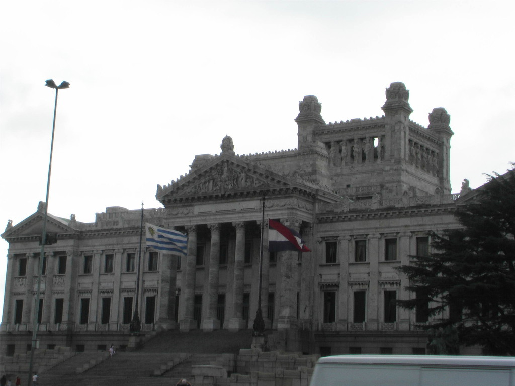 Stop Montevideo/Uruguay - Plaza  Indepedencia