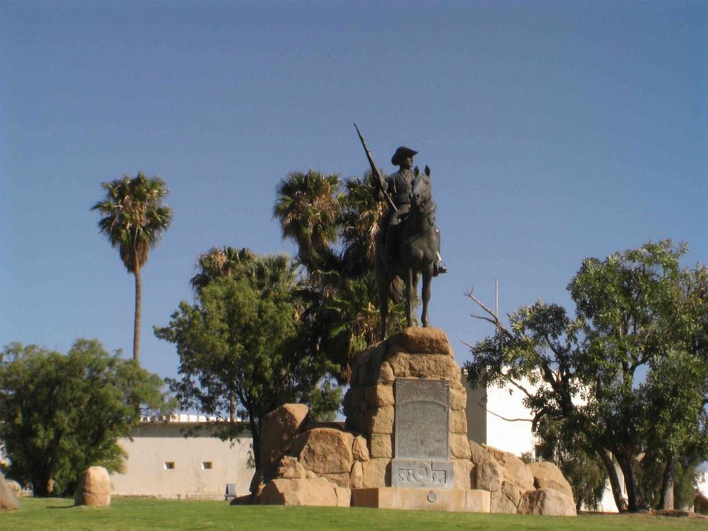 Windhoek/Reiter von Süd-West