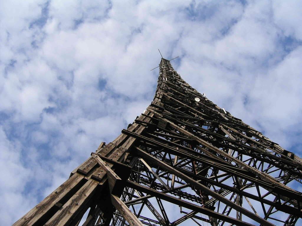 2.9.2007 Sender Gleiwitz (110 m hoch, aus Lärchenholz)