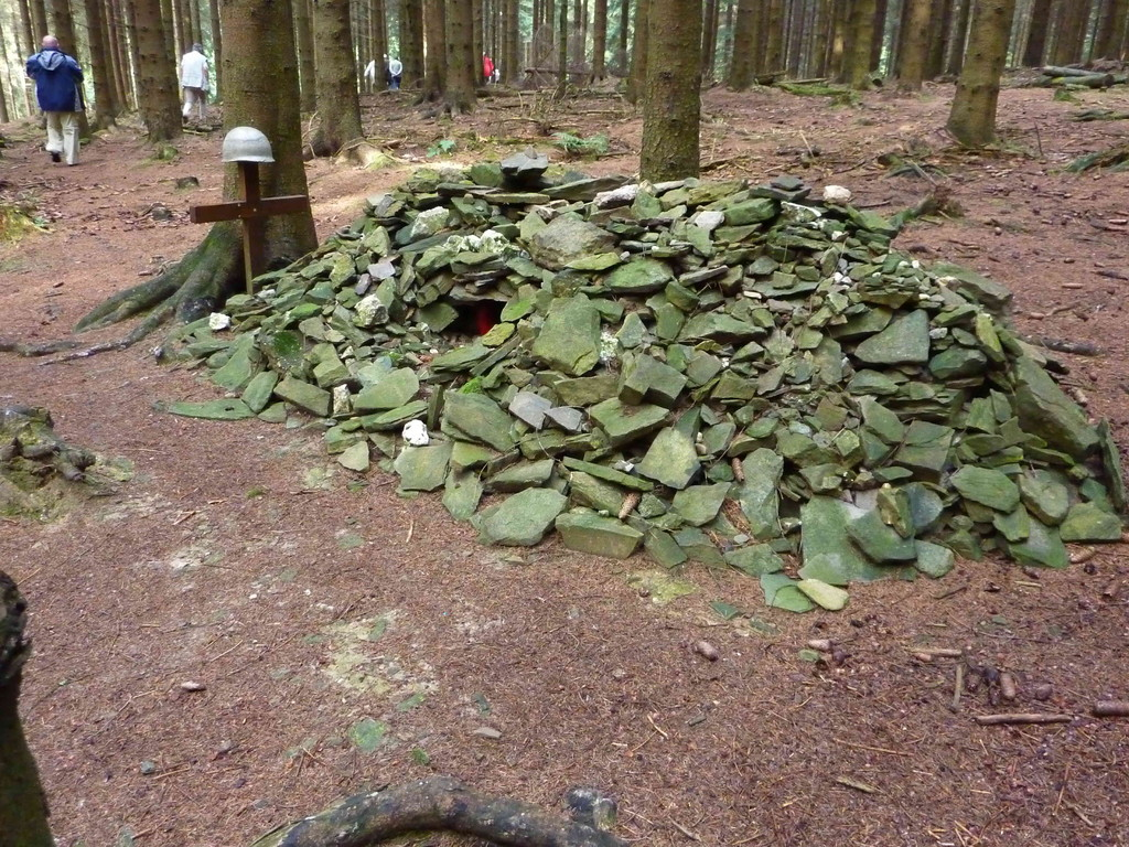 4. Tag - Hürtgenwald/Soldatengrab