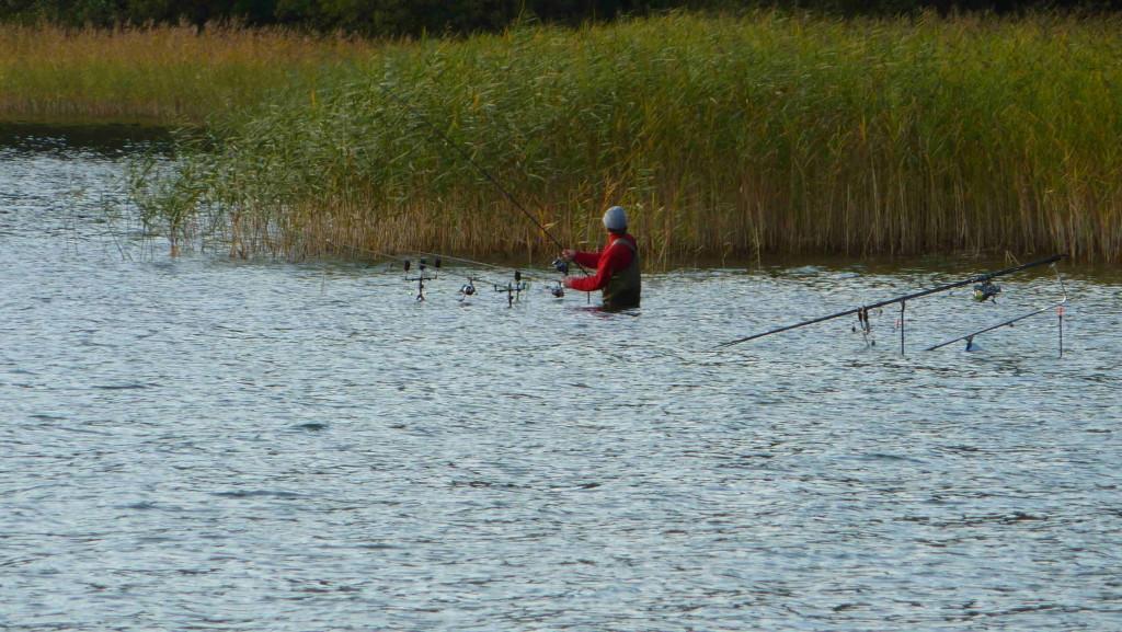 Breiter Luzin-See - Angler am Strandbad