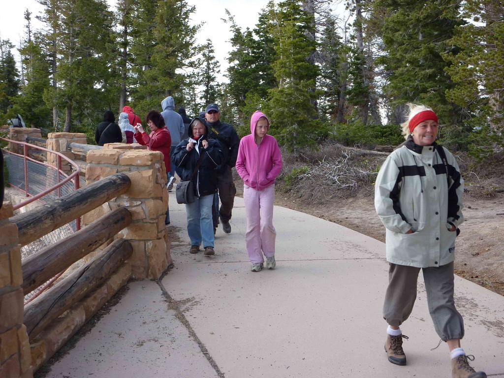 Auf Tour am Bryce Canyon bei 3 Grad Plus + leichter Schneefall