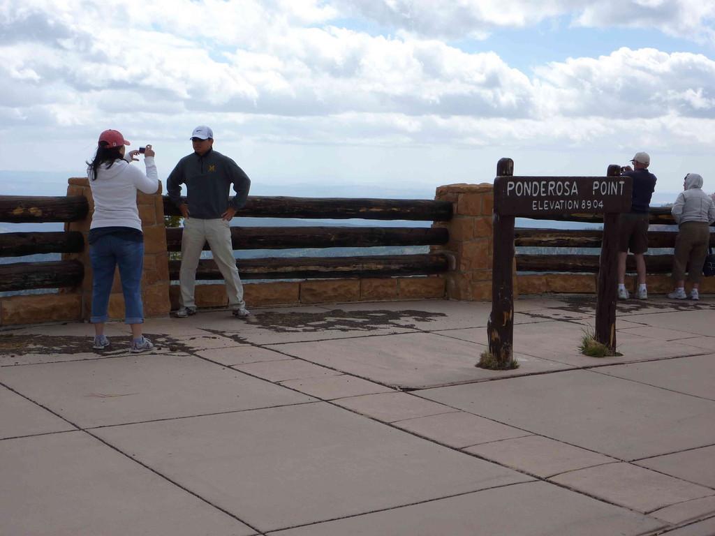 Auf Tour am Bryce Canyon bei 3 Grad Plus + leichter Schneefall - Ponderosa Point