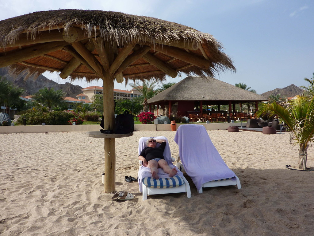 9.-13. Tag - Hotel Rotana Resort Fujaihra - Strand