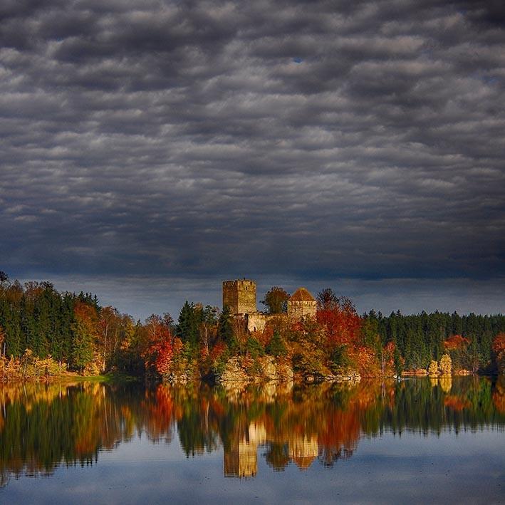 Stausee Ottenstein mit Ruine Lichtenfels, NÖ