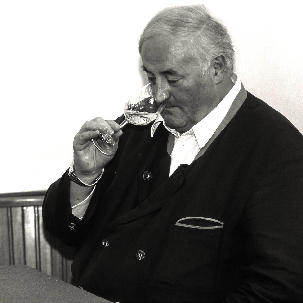 Weinpfarrer Johann Denk, Pfarrhof Albrechtsberg/NÖ, Ostern 1999