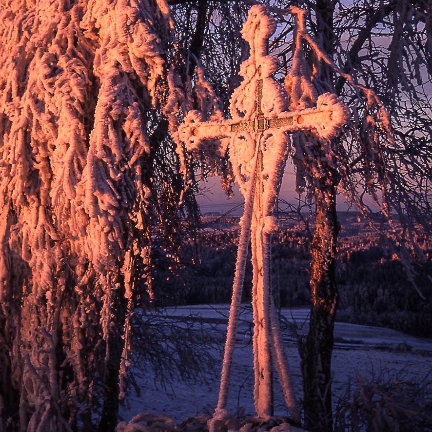 Kreuz im Eis, Rauhreif, Sonnenaufgang 1998