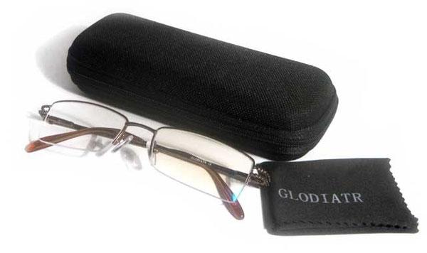 Glodiatr футляр, салфетка и инструкция