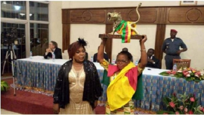 Mme Tchuinté et une lauréate