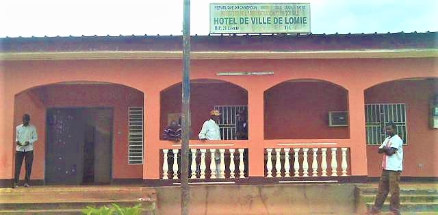Lomie ancien hotel de ville
