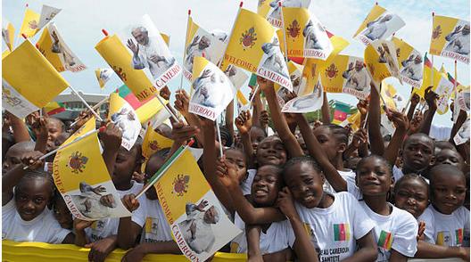 Les camerounais souhaitent la bienvenue au Pape Benoit XVI