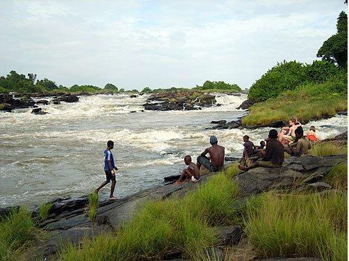 Batschanga. Au bord des chutes de Natchigal