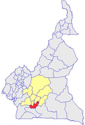 Le Département du Nyong et So'o (en rouge) et les autres départements de la région du Centre (en jaune) sur la carte administrative du Cameroun
