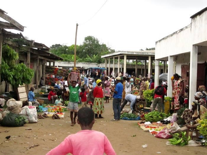 Ebebda, le marché