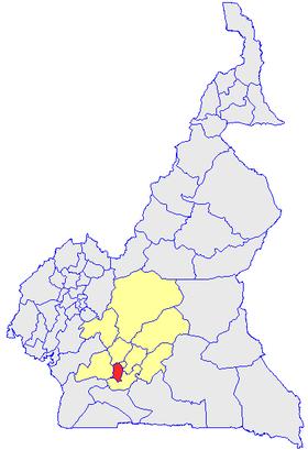 Le Département de la Mefou et Akono (en rouge) et les autres départements de la région du Centre (en jaune) sur la carte administrative du Cameroun
