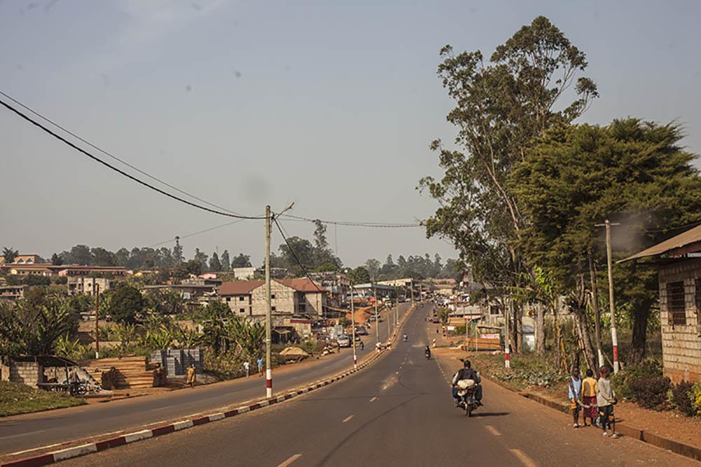 Bandjoun, une artere de la ville