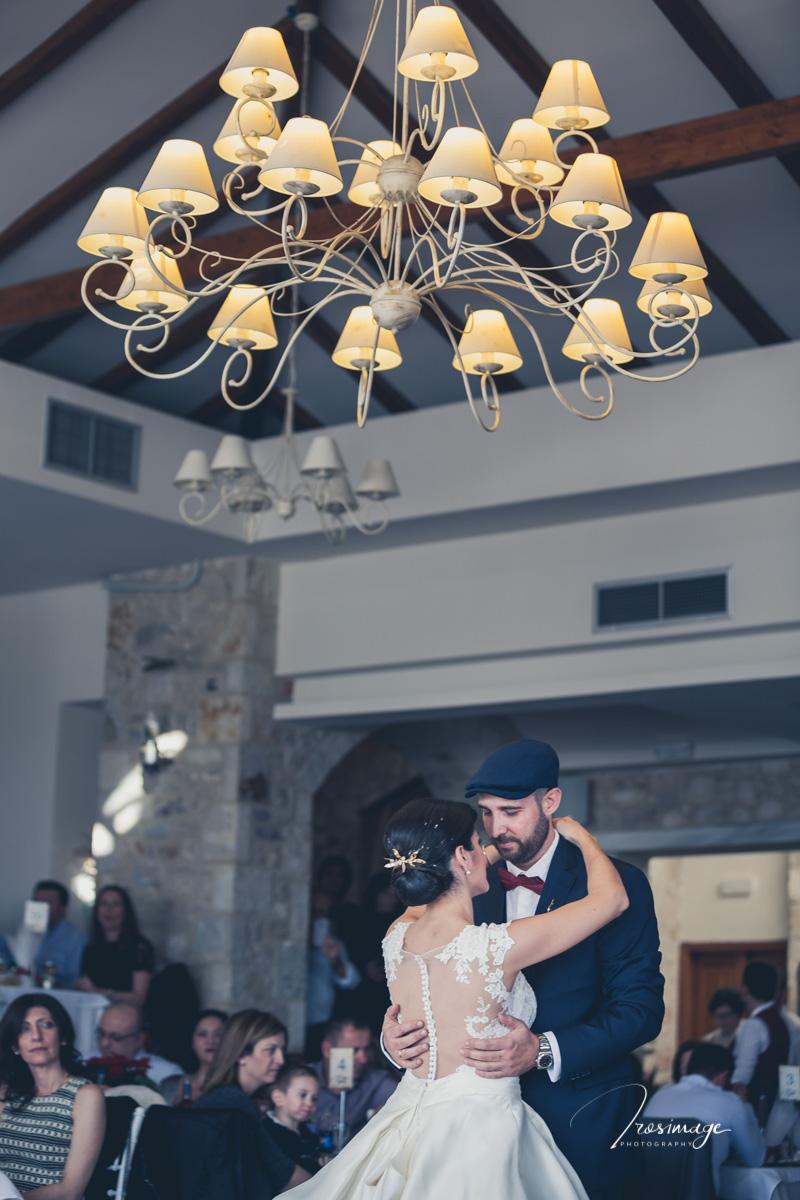 χορός ζευγαριού στο Πόλα μεσημέρι Κυριακής