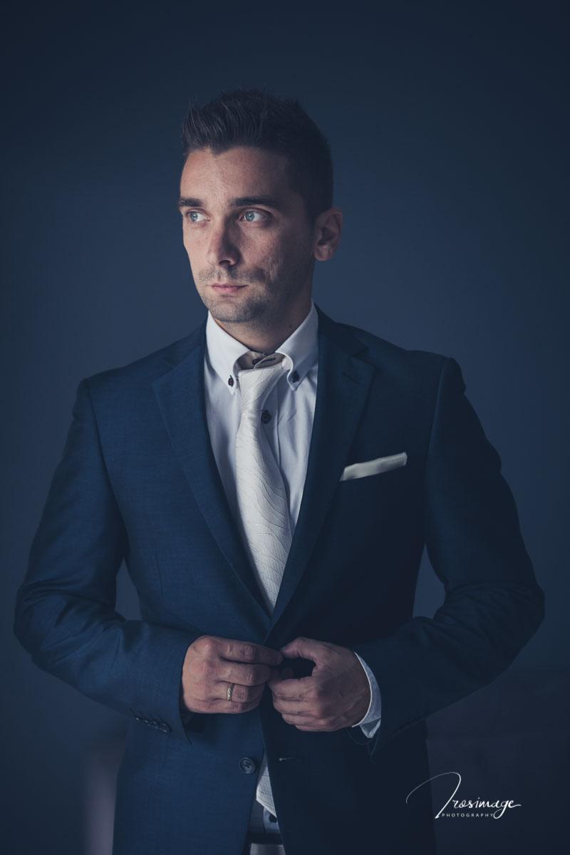 πορταιτο κουστουμι γαμπρου γαμπριατικο groom portrait