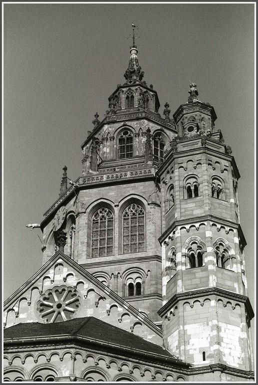 Westturm Dom zu Mainz (c) Helmut Schütz