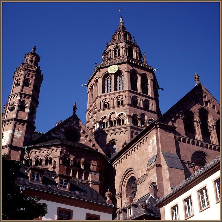 Leichhof Dom zu Mainz (c) Helmut Schütz