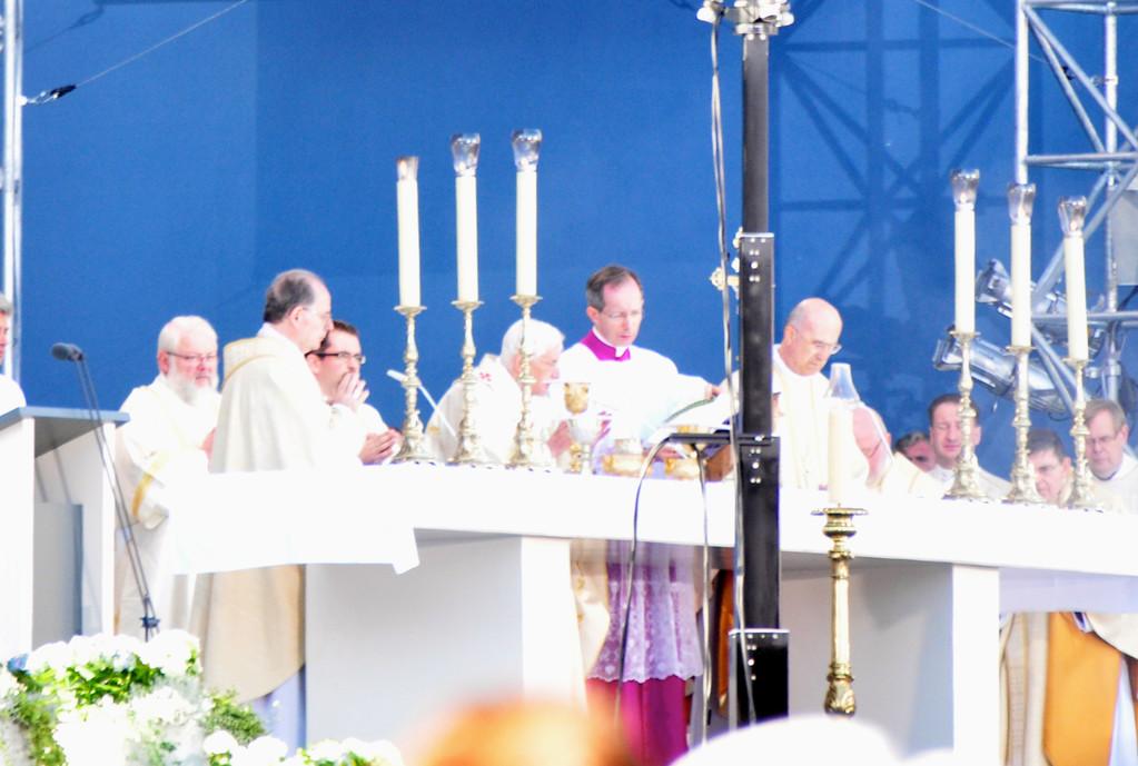 Gottesdienst mit dem heiligen Vater