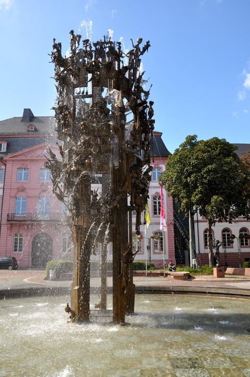Fassenachtsbrunnen (c) Dombauverein Mainz