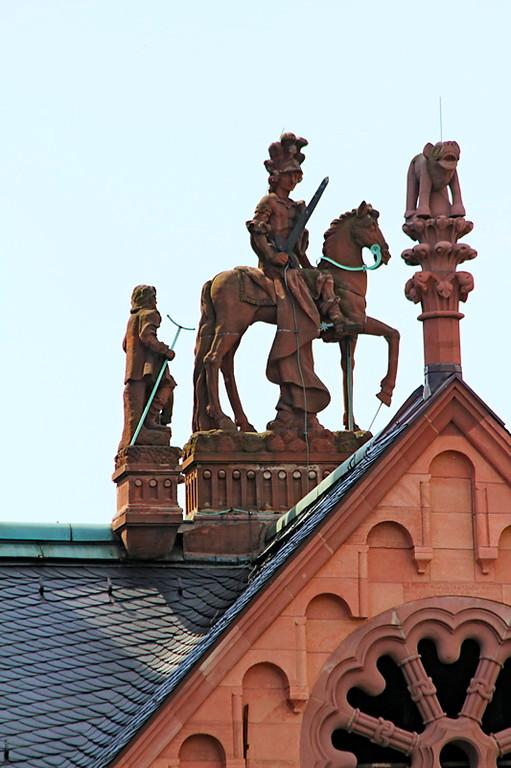 St. Martin auf den Dächern des Doms (c) Bistum Mainz