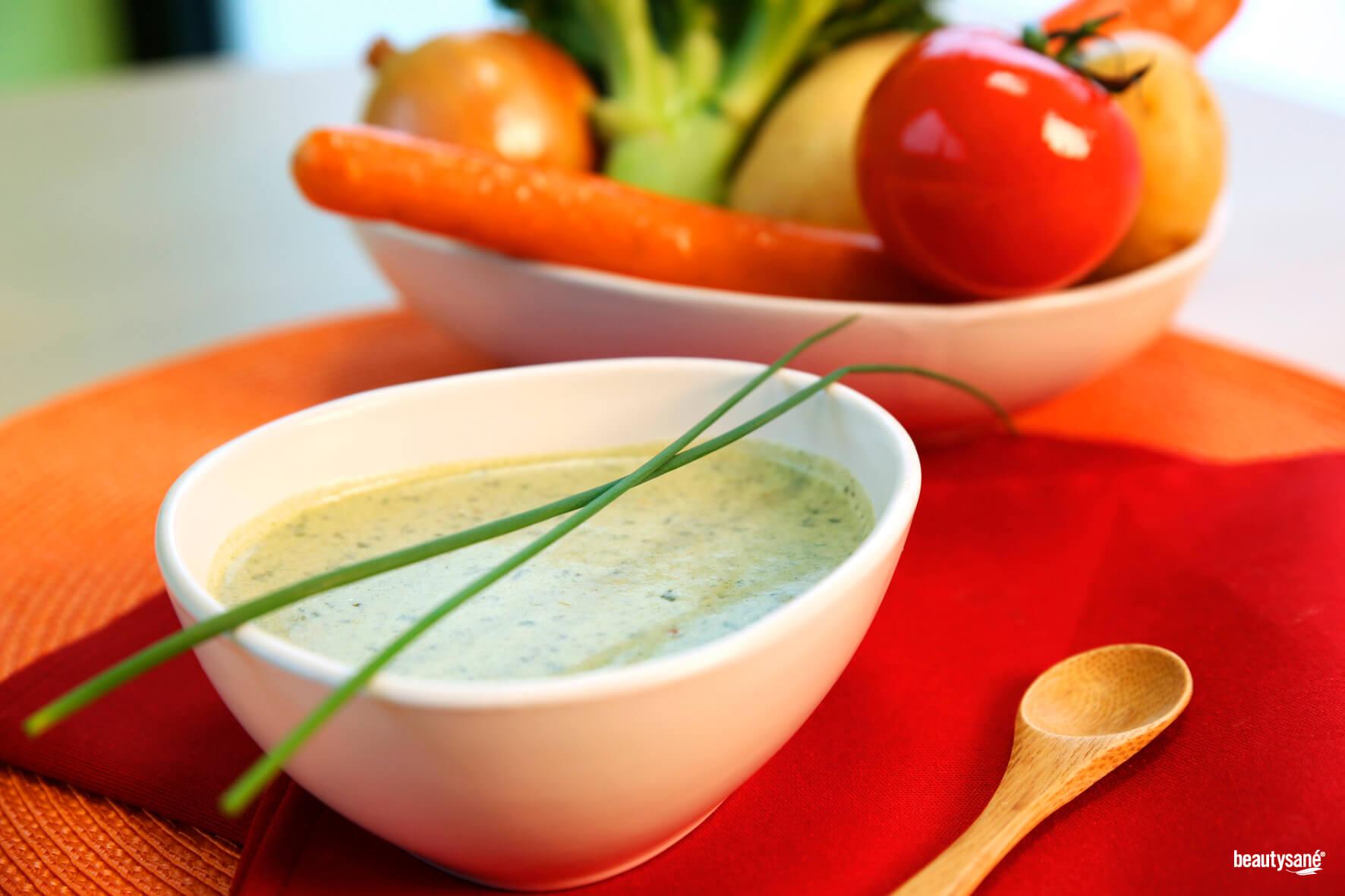 Crème de légumes - un repas complet équilibré et rapide à préparer