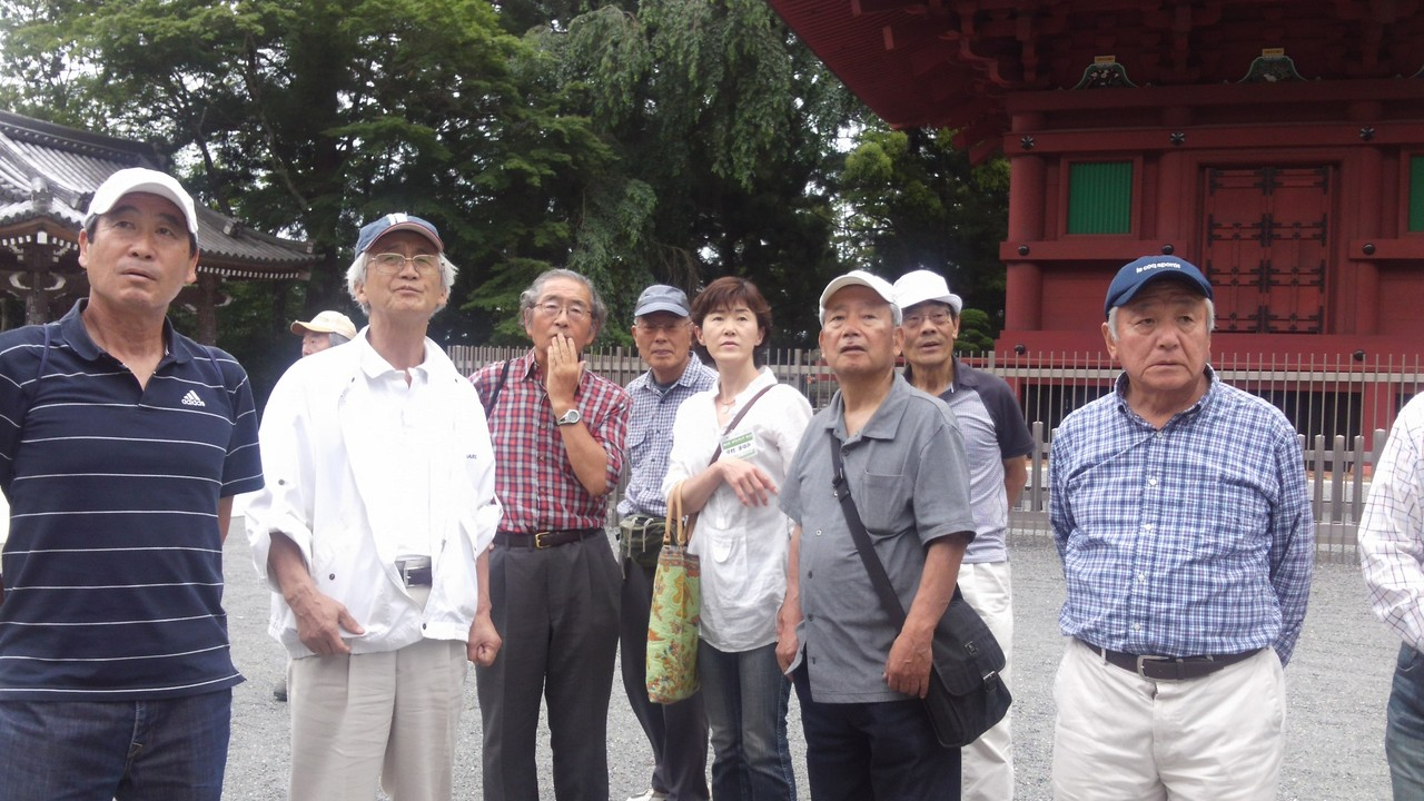 15:00 ガイドの今村さんの説明にて身延山見学
