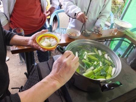 今回は、俱(ネギ・鱈等)沢山の湯豆腐、10丁。