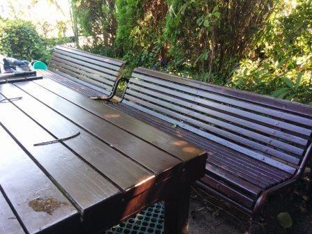 小峰さん制作のテーブル