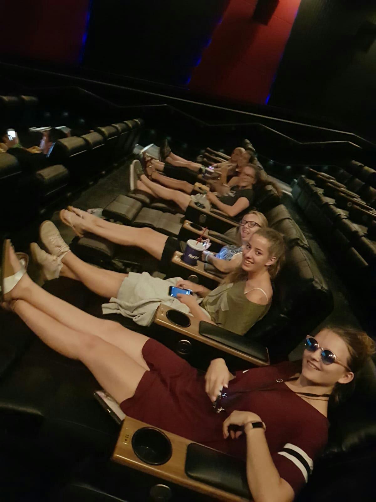Loungesessel im Kino
