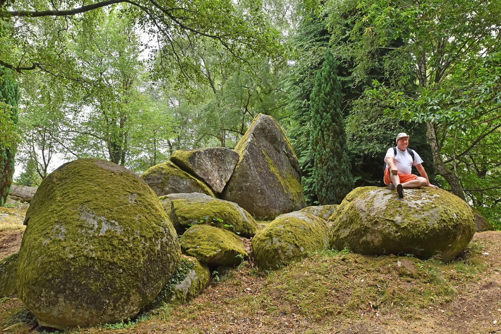 Randonnée au Mont de Saint Pardoux ©J.DAMASE/PSC