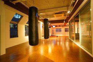 ボクシング&フィットネスクラブ
